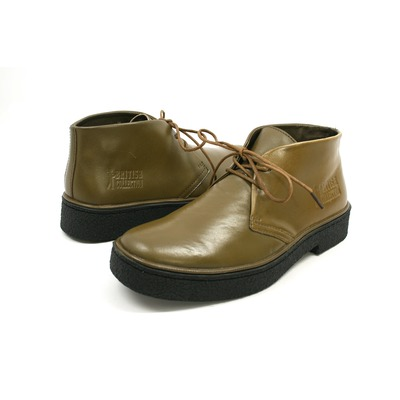 British Collection Men's Playboy Chukka Boot Olive Leather